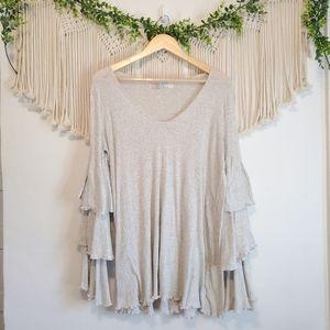 FREE PEOPLE BEACH Gray Long Ruffle Tiered Sleeve Oversized Knit Top sz M